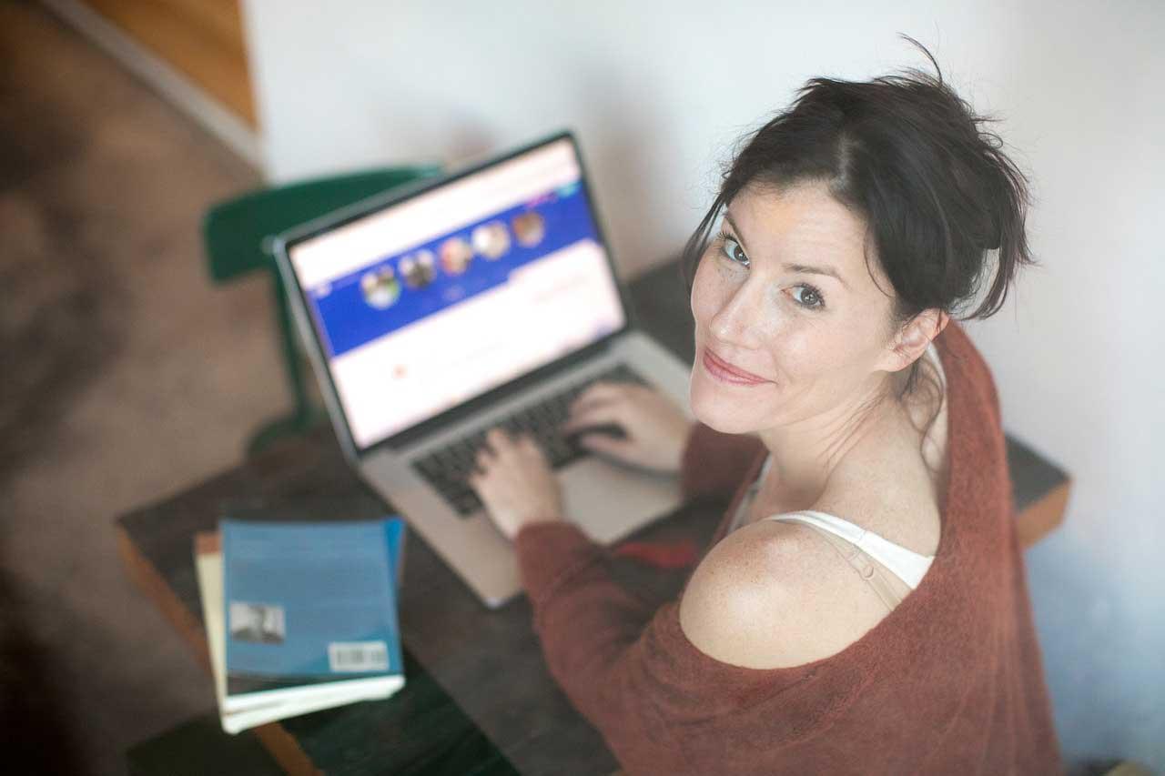 Internet kennenlernen tipps Laminat-Ratgeber: Von der Verlege-Anleitung bis zur Pflege, KRONOTEX - SWISS KRONO
